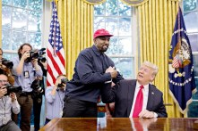 Kanye-West-Meets-Trump-WH